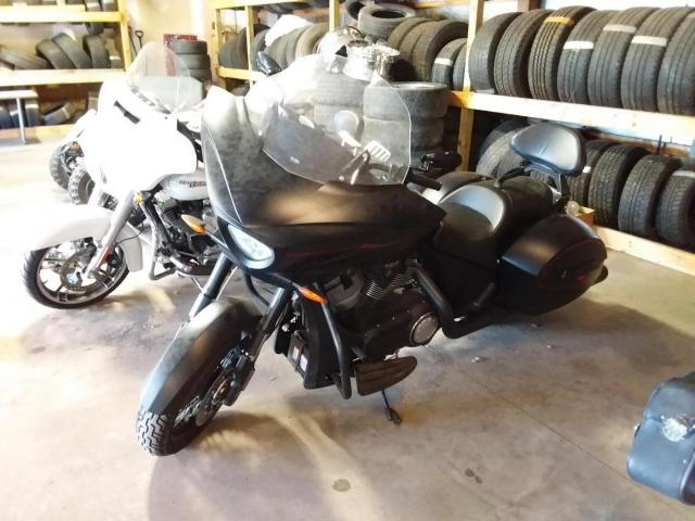 2015 Victory Cross Country LE